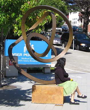 """Cycle"" in San Francisco - sculpture by Roger Berry"