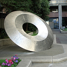 "3)	""Tau"" - in San Francisco - sculpture by Roger Berry -	  Photo credit - Carol Peckham"